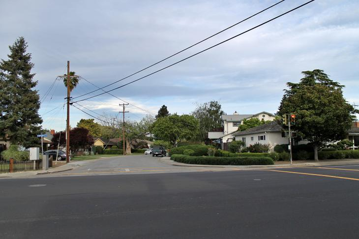 Miramonte Avenue, Mountain View