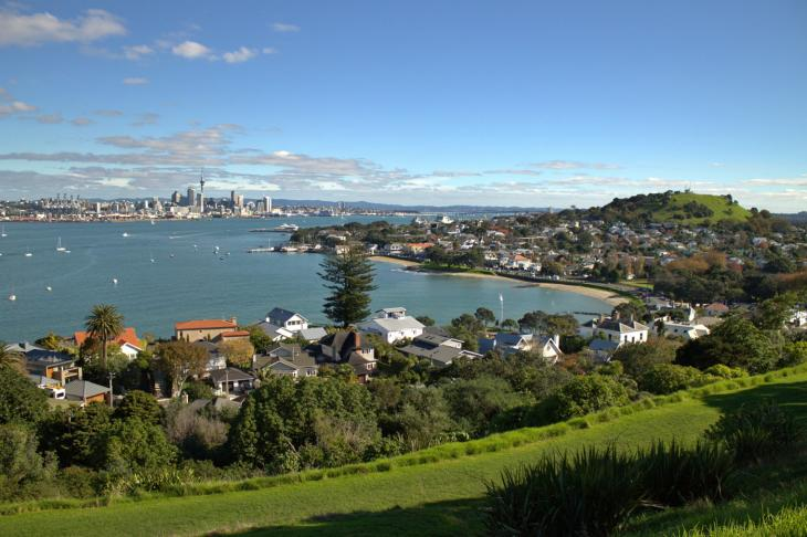 Auckland on the left; Mount Victoria on the right