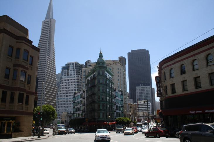 Transamerica Pyramid near Columbus Avenue