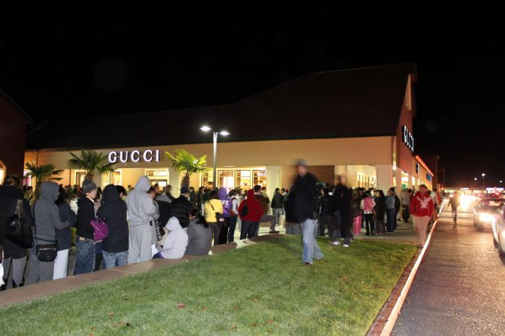 Black Friday Midnight Shopping in Vacaville